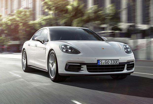 Porsche Panamera 4 E-Hybrid แตกไลน์ไฮบริดตัวแรง