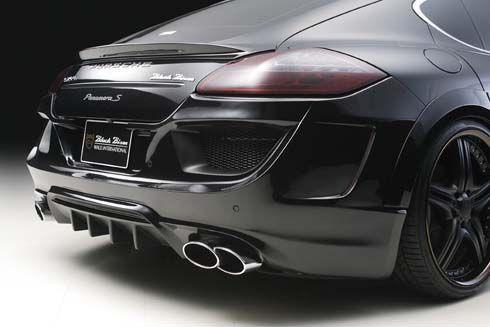 Porsche Panamera Black Bison สปอร์ตซาลูนแต่งดำ โดย Wald International