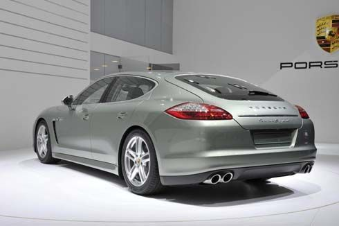 Porsche Panamera S Hybrid สปอร์ตคูเป้ 4 ประตูระบบไฮบริด เปิดตัวที่เจนีวา