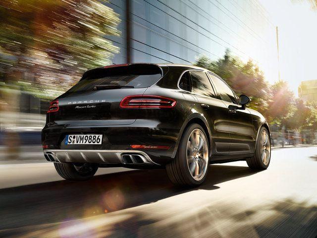Porsche เรียกคืน Macan หลังพบความเสี่ยงน้ำมันรั่ว