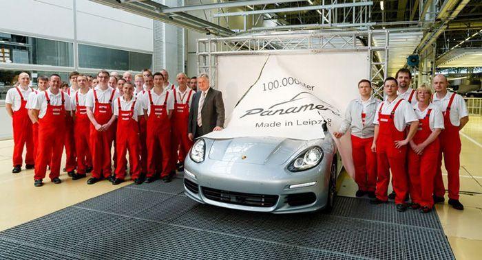 Porsche ตบโบนัสพิเศษให้พนักงานคนละ 3.5 แสนบาท