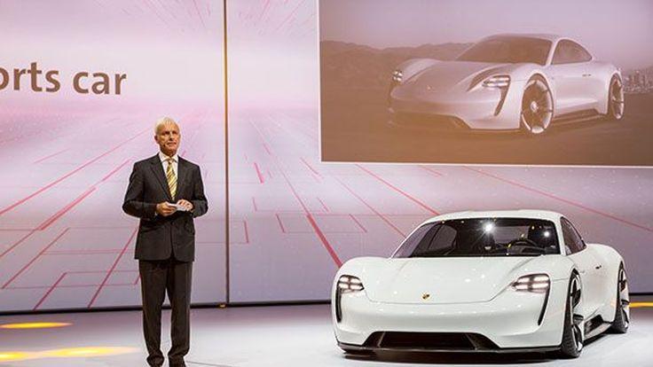 Porsche ชี้ความต้องการรถสปอร์ตขุมพลังสันดาปภายในยังคงอยู่ต่อไป