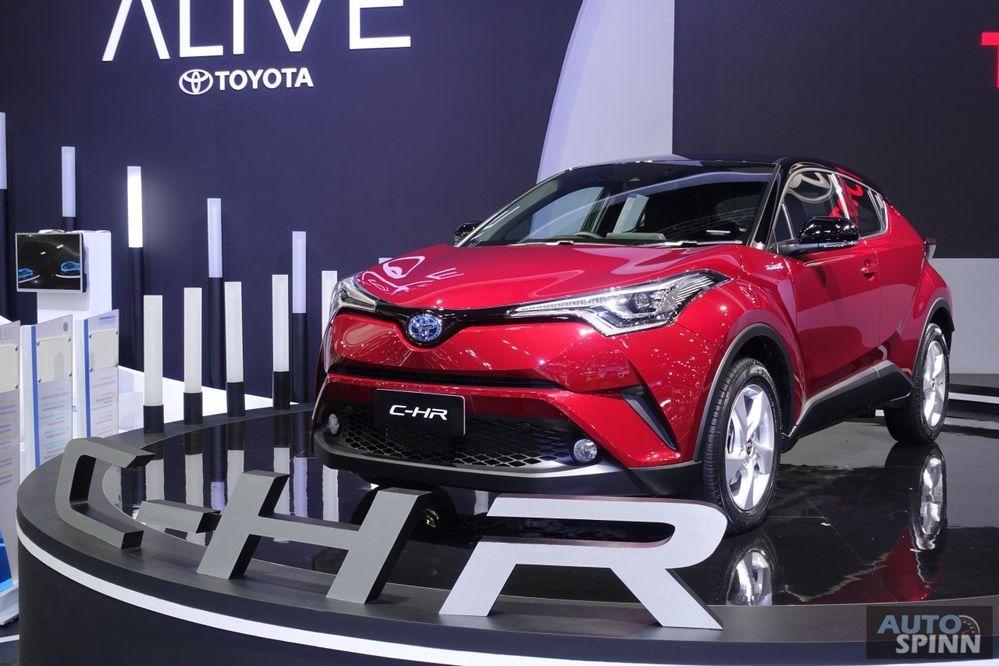 เคาะราคาแล้ว !! Toyota C-HR มี 2 เครื่องยนต์ กับค่าตัว 9.79 แสนบาท - 1.159 ล้านบาท
