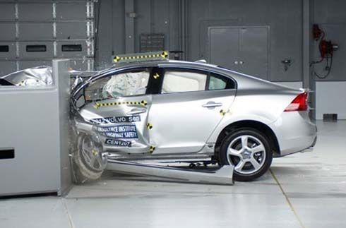 เผยความเสี่ยงอาการบาดเจ็บในการโดยสารรถ Volvo ลดลง 50% นับตั้งแต่ปี 2000
