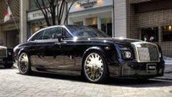 ย้อนรอย Rolls-Royce Phantom แต่งแนว VIP รวมตัวกันบนถนนดูไบในกรุงโตเกียว