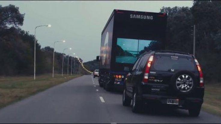 เจ๋งไปเลย Samsung ส่งโฆษณาโชว์รถสิบล้อสำหรับการเร่งแซง