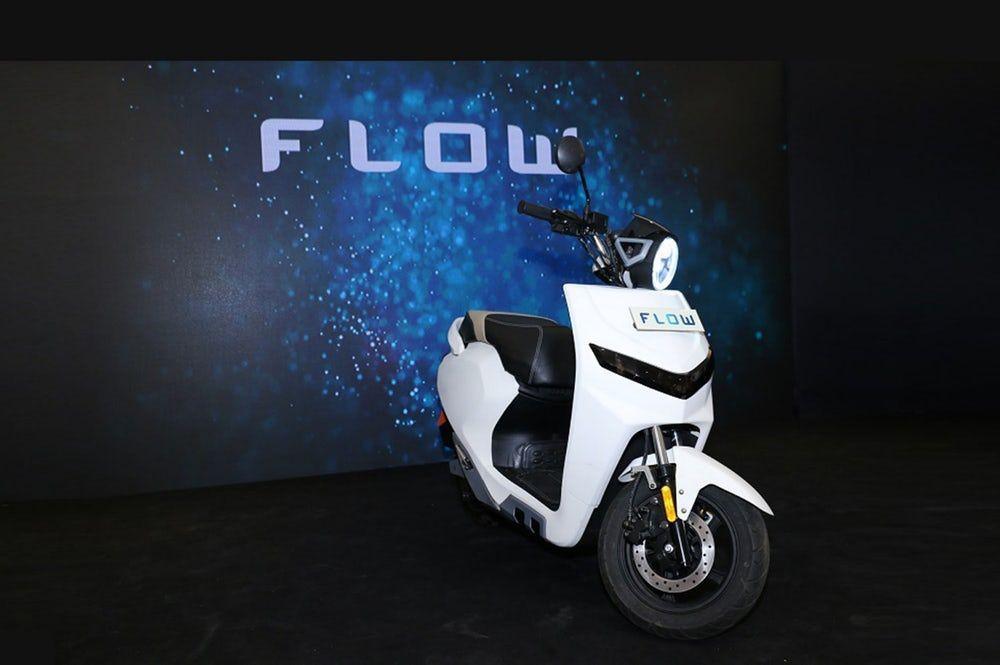 ปรับตัวตามสไตล์ผู้ขับได้เอง Flow สกู๊ตเตอร์ไฟฟ้าจากประเทศอินเดีย