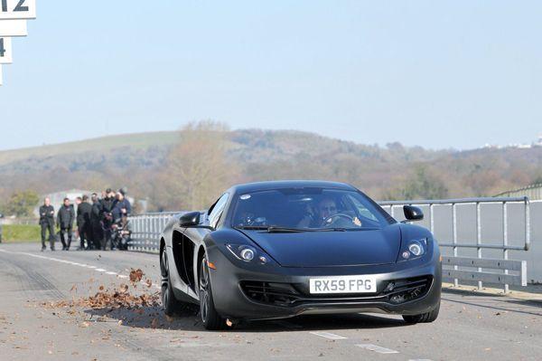 ชม McLaren MP4-12C วิ่งควอเตอร์ไมล์ 10.55 วินาที แรงกว่า Lamborghini Aventador