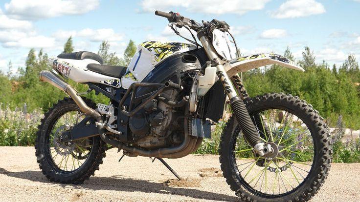 จะเป็นอย่างไร หากนำ Superbike มาวิ่ง Offroad