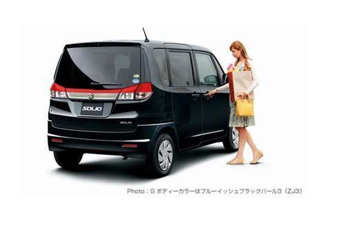 Suzuki เปิดตัว Solio มินิวากอนทรงสูง เล็งขาย 12,000 คันต่อปี พร้อมผลิตให้ Mitsubishi