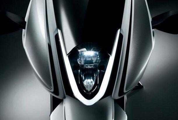 Suzuki GSX-700T มอไซค์เทอร์โบแปรผันแอบโชว์ตัวให้ดีลเลอร์ได้ยลโฉมแล้ว