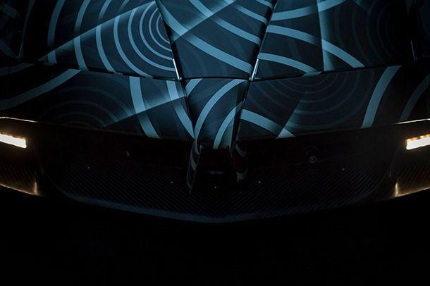 ทีเซอร์ Pagani Huayra Roadster ก่อนเปิดตัวเดือนมีนาคมนี้