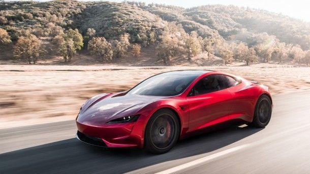 Tesla โชว์เหนือเปิดตัว รถไฟฟ้าสปอร์ตโรดสเตอร์ต้นแบบ ทำความเร็ว 0-100 ภายใน 1.9 วินาที !!