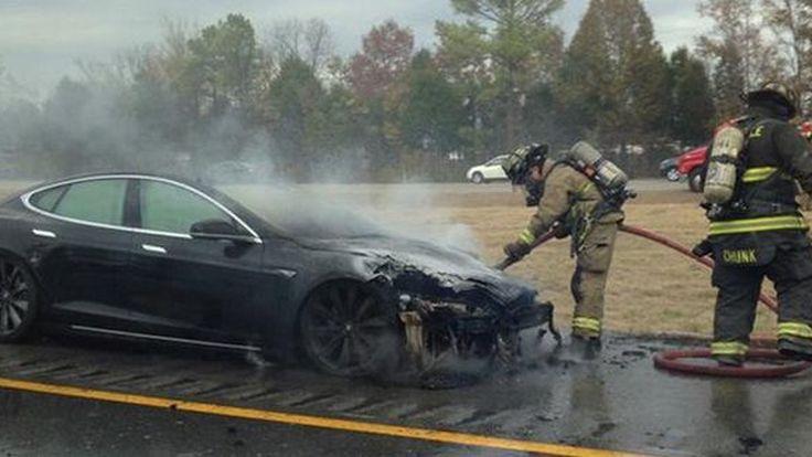 ไหม้อีกแล้ว รถไฟฟ้า Tesla Model S  ถูกไฟเผาวอดคันที่สามในรอบห้าสัปดาห์