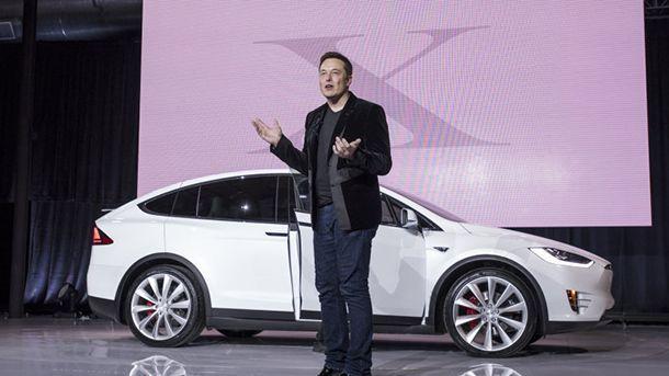 ตะลึง! มูลค่าบริษัทของ Tesla พุ่งแซงหน้า Ford
