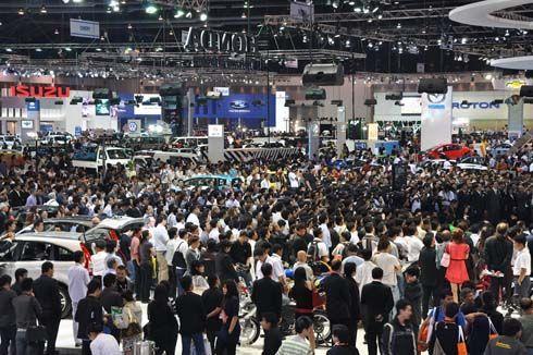 เปิดชมฟรี! Motor Expo 2011 มหกรรมยานยนต์ครั้งที่ 28 ค่ายรถอัดโปรโมชั่นแรง