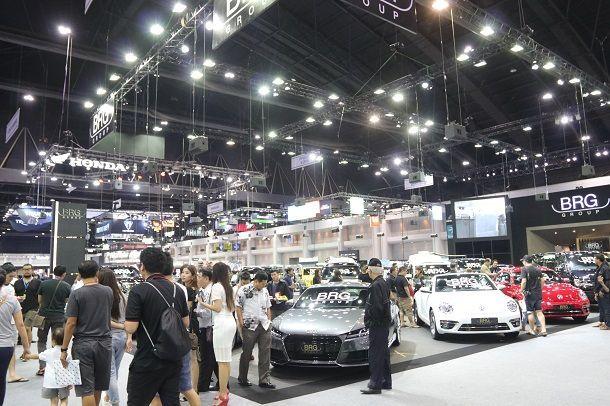 ส.อ.ท.ตั้งเป้ายอดผลิตรถยนต์ปีนี้ 2 ล้านคัน เพิ่มขึ้นจากปี 59 กว่า 5.5 หมื่นคัน เชื่อมั่นตลาดฟื้นตัว