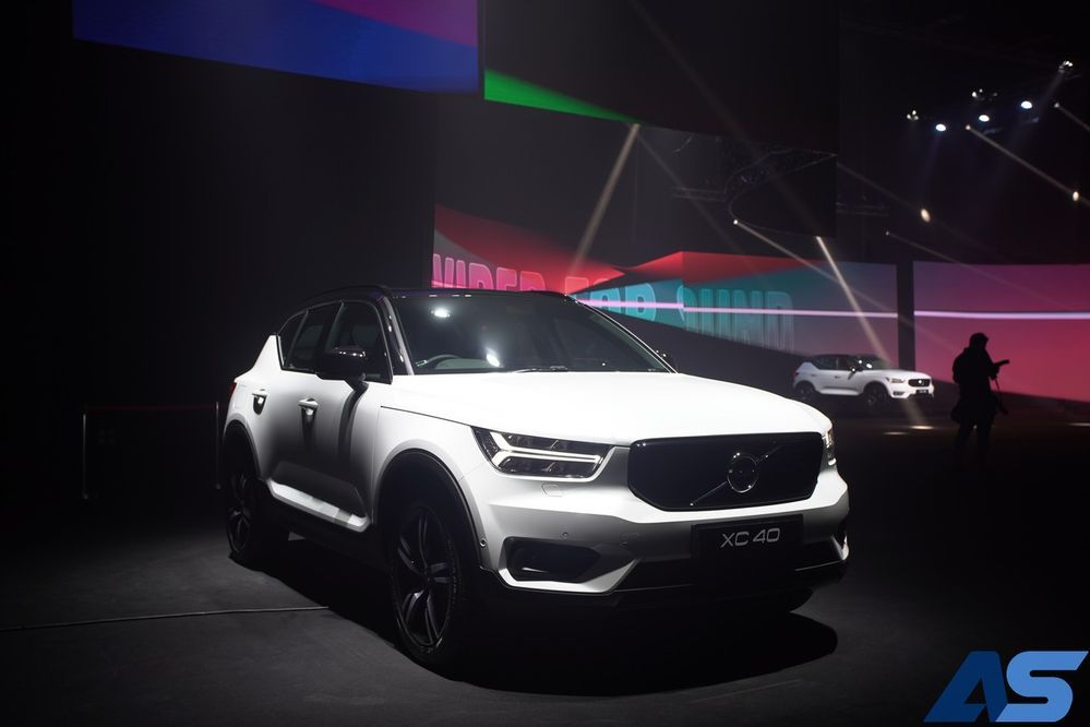 The New Volvo XC40 สุดยอดคอมแพกต์เอสยูวี ของเล่นเพียบ ราคาเริ่มต้น 2.09 ล้านบาท