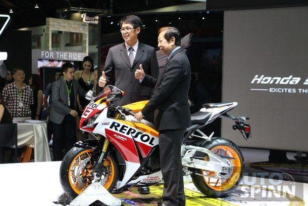 [TIME2014] Honda Bigbike เปิดตัว 3 โมเดลใหม่ GoldWing 40th Anniversary Edition, CBR1000RR และ CB500X