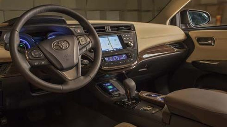 Toyota เปิดตัว Qi ระบบชาร์จไฟโทรศัพท์แบบไร้สายในรถ ครั้งแรกของโลก