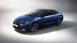 ชมภาพเรนเดอร์ New Toyota Corolla Altis โฉมใหม่ ที่ใช้องค์ประกอบจาก Auris/Altis 5 ประตู ที่เปิดตัวไปสดๆ ร้อนๆ
