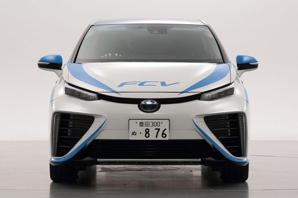 "Toyota อาจขาดทุนถึง 4 ล้านบาทต่อการขายรถไฮโดรเจน ""Mirai"" หนึ่งคัน"
