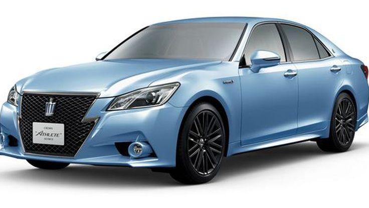 Toyota เติมสีสันให้ Crown ฉลองครบรอบ 60 ปี