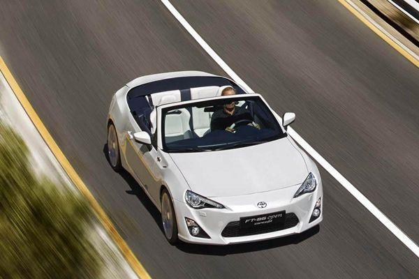Toyota FT-86 Open สปอร์ตเปิดประทุนต้นแบบ เผยโฉมอย่างเป็นทางการ
