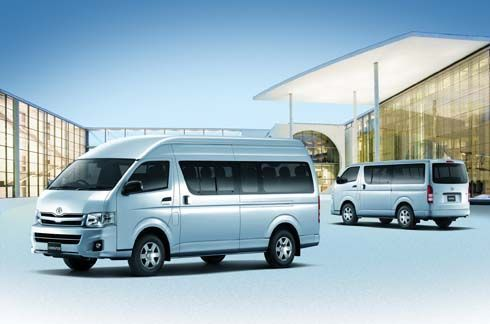 Toyota Hiace และ Commuter รถตู้โดยสารยอดนิยม ปรับใหม่ในราคาเริ่มต้น 8.66 แสน
