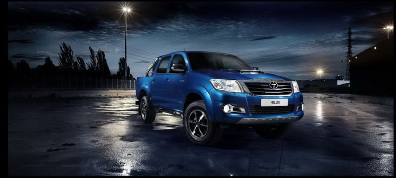 Toyota Hilux Invincible กระบะ Hilux เหนือคู่แข่ง