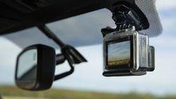 เมื่อ โตโยต้า มีแผนเพิ่มกล้องโกโปร เป็นอุปกรณ์หลักในรถกระบะรุ่นใหม่