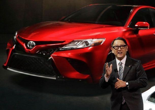 """ประธาน Toyota ยอมรับ """"กังวล"""" ผลกำไรลดลงต่อเนื่อง เล็งตัดค่าใช้จ่าย"""