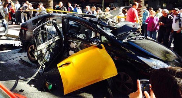 """แท็กซี่ Toyota Prius ระเบิดสนั่นใจกลางเมืองบาร์เซโลน่า ชี้ """"แก๊ส LPG ผิด"""""""