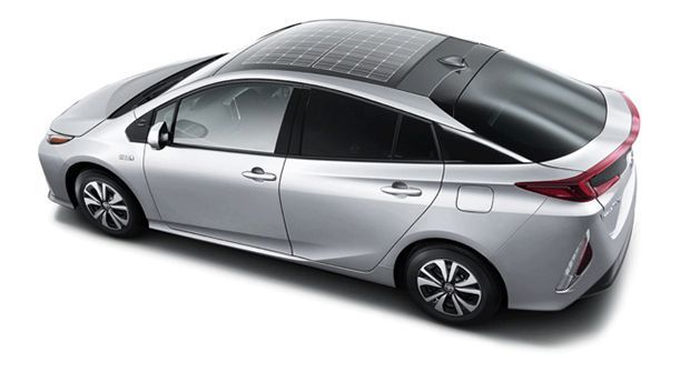 Toyota Prius มาพร้อมแผงโซลาร์เซลส์บนหลังคาในบางประเทศ