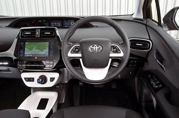 Toyota เผยรถพลังงานไฟฟ้ายังต้องพัฒนาอีกนานถึงจะได้รับความนิยมเต็มที่