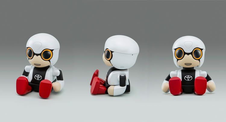 """โตโยต้าเผยโฉมหน้าหุ่นยนต์ """"คิโรโบะ มินิ"""" เพื่อนคุยสร้างรอยยิ้ม"""