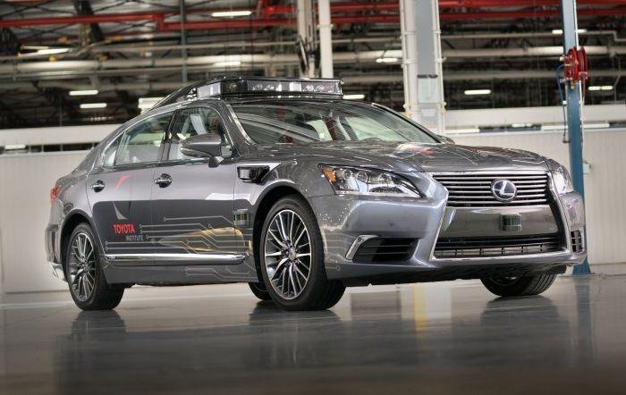 Toyota เผยโฉมรถต้นแบบขับขี่อัตโนมัติเจนเนอเรชั่นที่ 3