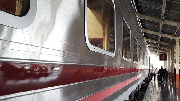 """รถไฟปิ๊งไอเดียจัด """"โปรโมชั่นพิเศษ"""" แบบโลว์คอสแอร์ไลน์ ดึงดูดผู้โดยสาร"""