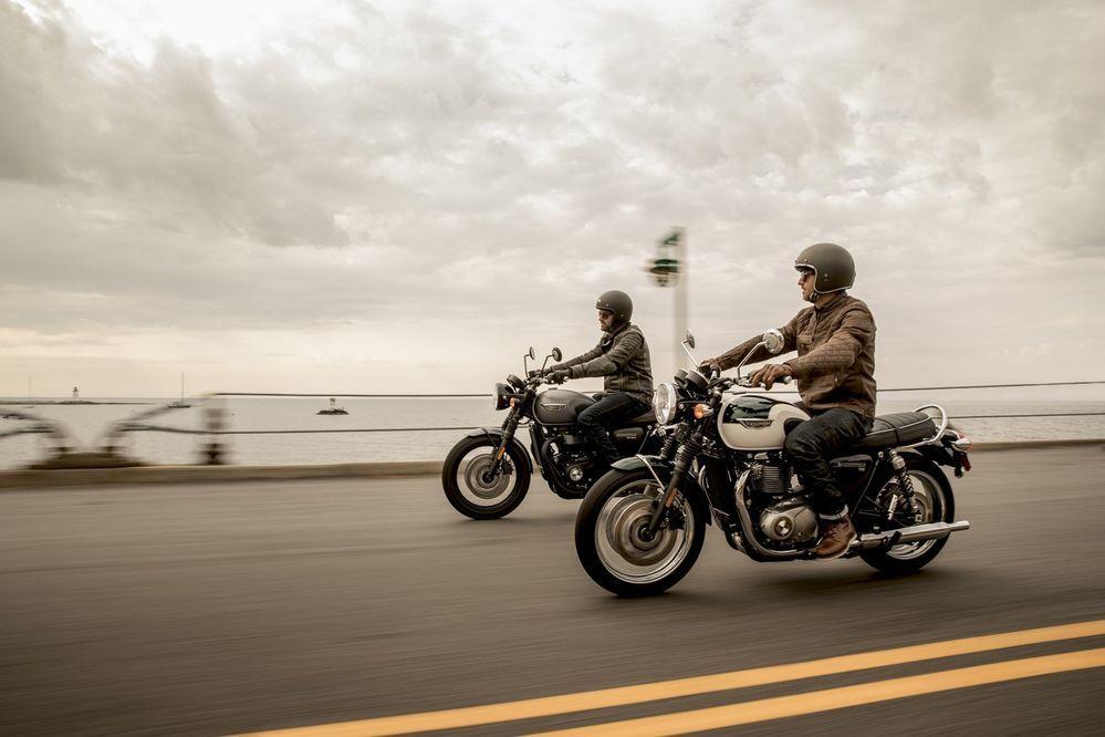 Triumph ขอแนะนำรถจักรยานยนต์แนวคลาสสิกกว่า 10 รุ่น สไตล์อังกฤษพันธุ์แท้