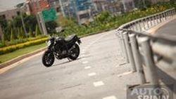 VDO รีวิว  Suzuki Gladius 650 ABS (SFV) Naked Bike Middle Weight  ที่เหมาะแก่การขับขี่ในทุกๆวัน