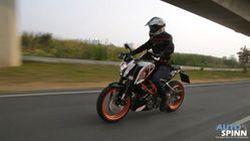 "[VDO] รีวิว KTM DUKE 390 ""หล่อเท่ แปลกตา สไตล์ Naked Motard"""