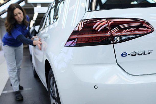 Volkswagen ประกาศความสำเร็จผลิตรถทะลุหลัก 6 ล้านคันในปี 2017