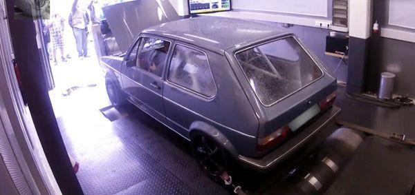 แก่แต่เก๋า Volkswagen Golf I เจนเนอเรชั่นแรกโมดิฟายด์เต็ม 736 แรงม้า