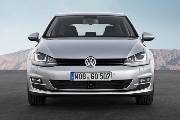 Volkswagen Golf VII ผงาดคว้ารางวัลรถยนต์ยอดเยี่ยมแห่งปีของยุโรป เหนือตัวเก็ง Toyota 86