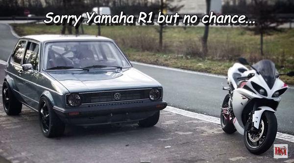 ชมคลิป Volkswagen Golf เจนเนอเรชั่นแรกฉีก Yamaha R1 ไม่เห็นฝุ่น