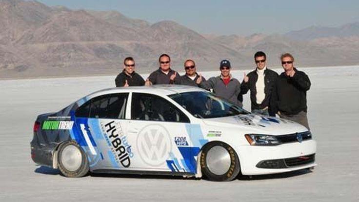 Volkswagen Jetta Hybrid สร้างสถิติโลกรถไฮบริดทำความเร็วสูงสุด 299 กม./ชม.