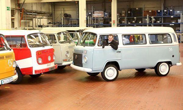 เก็บให้ลูกหลานดู Volkswagen Kombi รถตู้คลาสสิกคันสุดท้ายถูกส่งเข้าพิพิธภัณฑ์