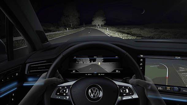 Volkswagen เผยเทคโนโลยีกล้องตรวจจับความร้อนป้องกันอุบัติเหตุ
