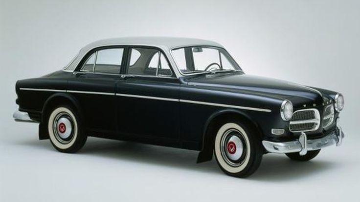สุขสันต์วันเกิด Volvo Amazon รถสุดคลาสสิกอายุครบ 60 ปี