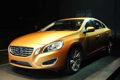 เปิดตัว All-New Volvo S60 เคาะราคาที่ 2.999 ล้าน ชูระบบตรวจจับคนเดินถนนและเบรคอัตโนมัติ
